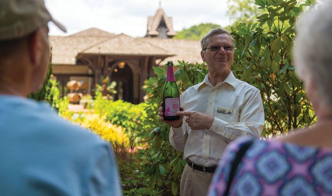 Winery host with Pas de Deux sparkling wine