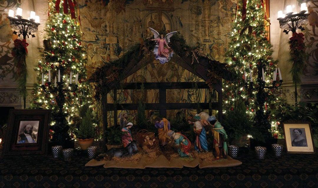 Nativity scene in the Tapestry Gallery