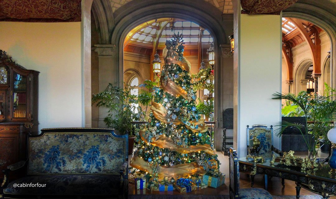 Christmas tree in Biltmore House Salon