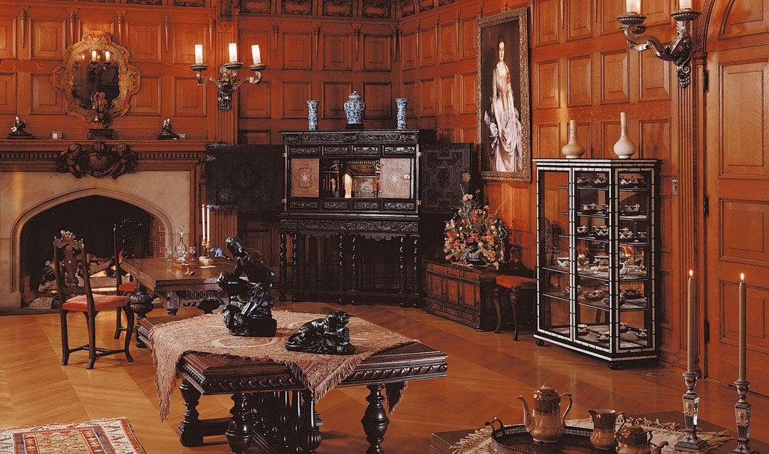 Oak Sitting Room in Biltmore House
